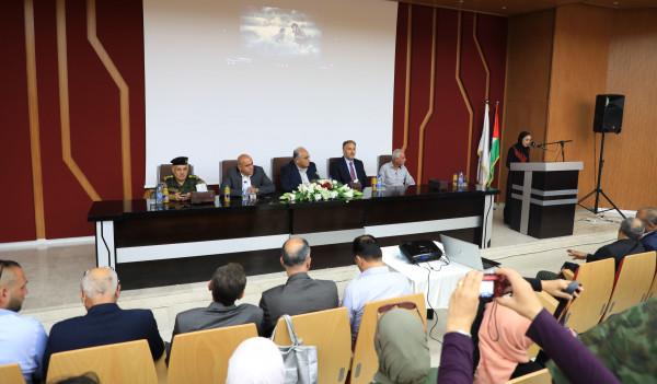 الجامعة العربية الامريكية تستقبل الوزير عساف في لقاء لتكريم صحفيي القدس وجنين
