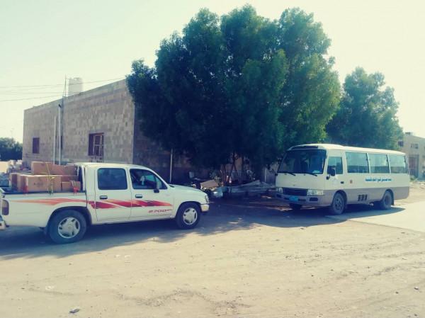 وصول القافلة الطبية الدوائية المقدمة من هيئة مستشفى الثورة بالحديدة لمديرية الجراحي