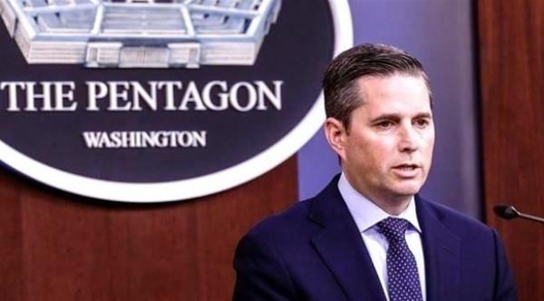 البنتاغون: العسكريون الأمريكيون لديهم الحق بمواجهة أي تهديد لآبار النفط بسوريا