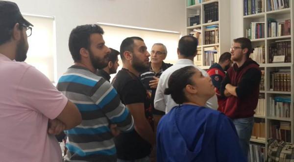 طلبة معهد الفلسفة واللاهوت في سياحة ثقافيَّة بمؤسَّسة ناجي نعمان للثَّقافة بالمجَّان