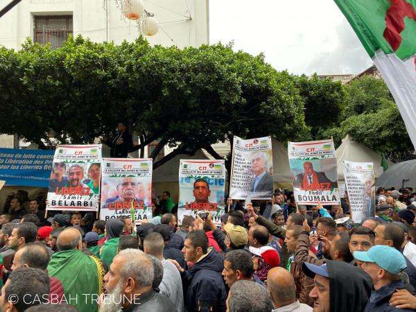 بمظاهرات الجمعة.. آلاف الجزائريين يرفعون شعارات رافضة لانتخابات ديسمبر