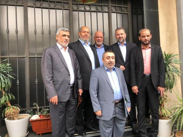 قيادي فلسطيني: حماس أرسلت وفداً للخارج لتشكيل وجهة نظر واحدة بشأن الانتخابات