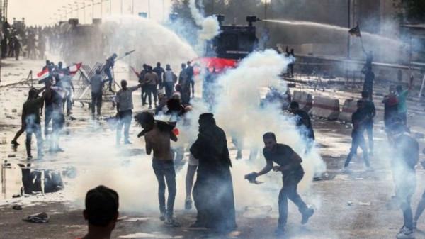 مقتل ثلاثة أشخاص بتجدد الاشتباكات بين بين قوات الأمن العراقية ومحتجين