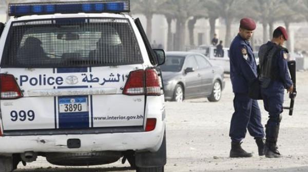 """البحرين تعلن القبض على خلية مرتبطة بـ""""إرهابيين"""" في الخارج"""