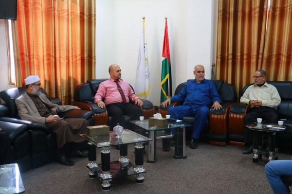 لجنة الرقابة بالتشريعي بغزة تلتقي المراقب العام لوزارة الداخلية