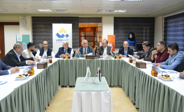استراتيجية صندوق الاستثمار الفلسطيني بقطاع الزراعة على طاولة نقاش ملتقى رجال الأعمال