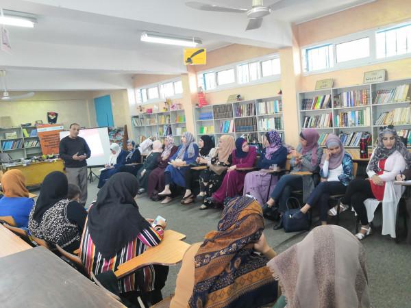 المركز الفلسطيني للاتصال والسياسات التنموية ينفذ ورشة عمل بمخيم عايدة حول العنف