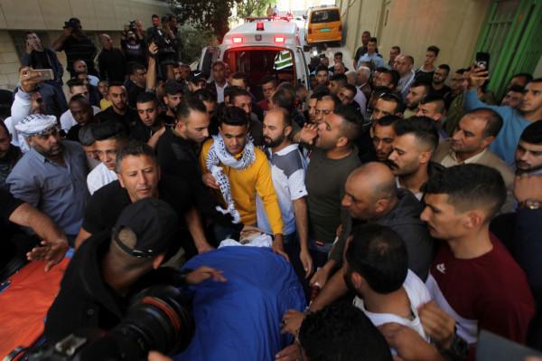 جماهير غفيرة تشيع جثمان الشهيد البدوي في مخيم العروب