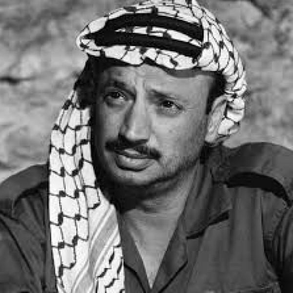 """""""العربية الفلسطينية"""": عرفات حافظ على القرار السياسي الفلسطيني"""