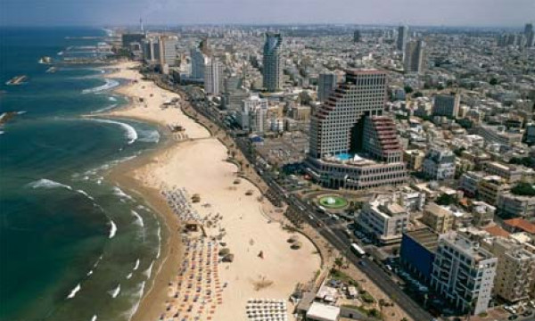 "يديعوت تكشف تفاصيل حادث ""غير عادي"" قرب ساحل تل أبيب"