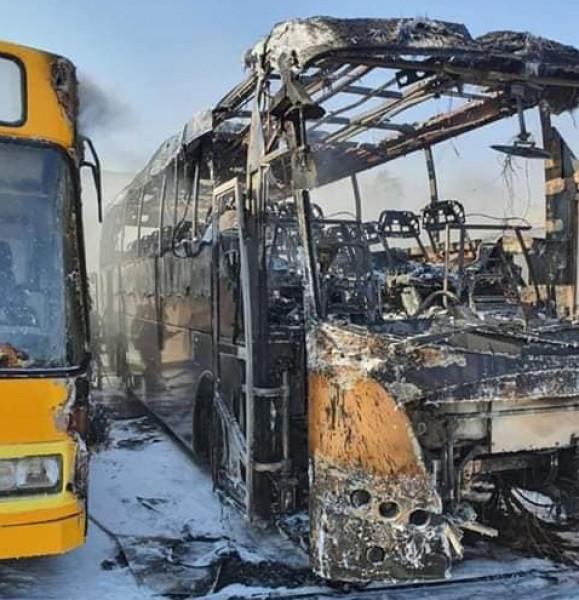 شاهد: صواريخ المقاومة تُصيب محطة حافلات إسرائيلية ببئر السبع