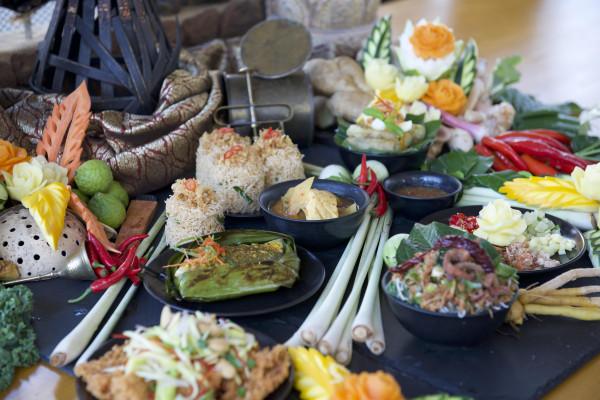 """منتجع سانت ريجيس السعديات يستضيف مهرجان """"مذاق جنوب شرق آسيا"""""""