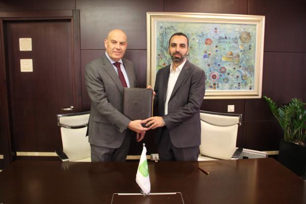 """بنك القدس يوقع إتفاقية مع """"تكنوبال"""" لتوريد أنظمة المراقبة والحماية"""