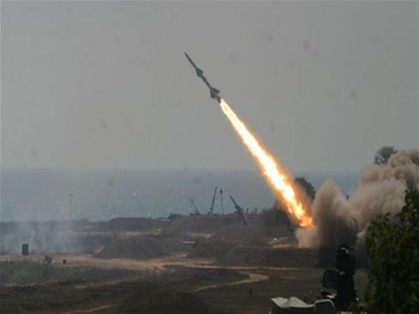 إذاعة الاحتلال: إطلاق الصواريخ من قطاع غزة لن يتوقف لسنوات