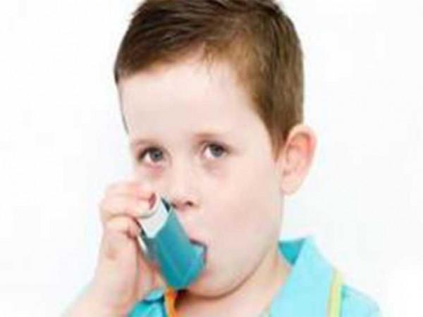 إذا كان طفلك مصابا بالربو.. هكذا تحميه في الشتاء