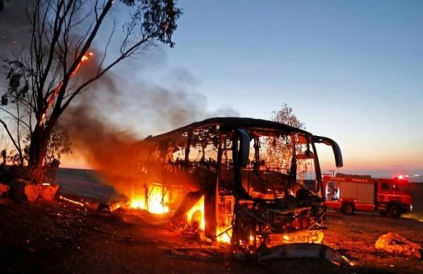 شاهد: القسام يكشف تفاصيل استهداف الحافلة العسكرية الإسرائيلية خلال عملية (حد السيف)
