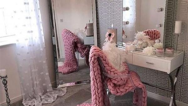 لكل عروس.. 10 أفكار لتنسيق المرايا بغرفة النوم