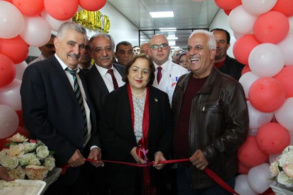 وزيرة الصحة تفتتح الطابق الثالث في مستشفى الخليل الحكومي