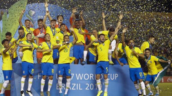 شاهد: البرازيل تلسع المكسيك في الدقيقة 90 وتتوج بمونديال الشبان
