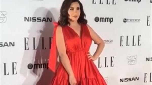 بالأحمر الناري.. نسرين طافش تستعرض أناقتها في دبي