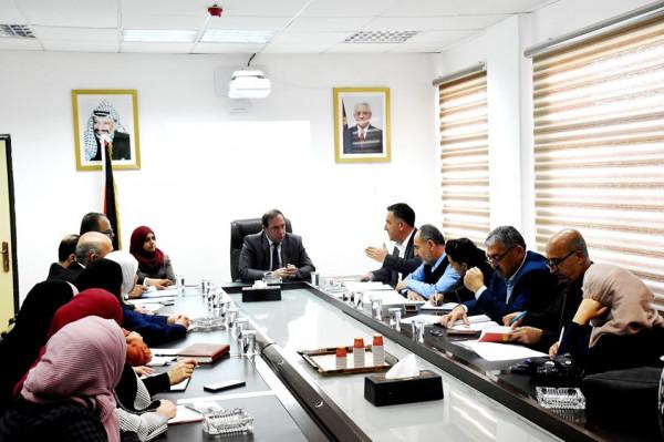 المحافظ كميل يلتقي وفداً من الجهاز المركزي للإحصاء الفلسطيني