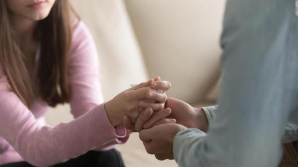 5 طرق لتشجيع حبيبك على التعبير عن مشاعره