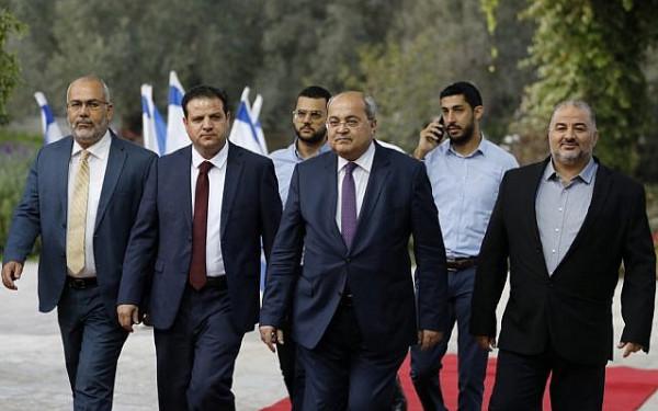 أيمن عودة وأحمد الطيبي يقدمان شكوى ضد نتنياهو بالكنيست