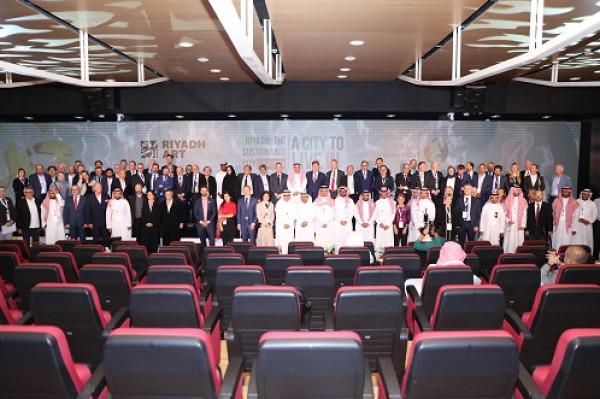 خبراء دوليون: الرياض تسير قدماً على المسار الصحيح لكي تصبح مدينة مستدامة