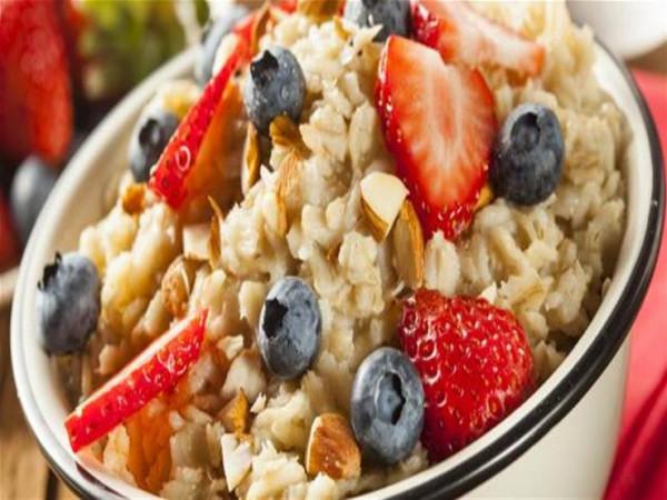 لاتزيد الوزن.. 8 أطعمة تساعد على الشعور بالشبع في الشتاء