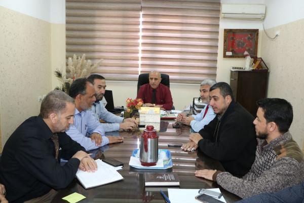 تربية الوسطى تعقد اجتماعاً للجنة الطوارئ بالمديرية