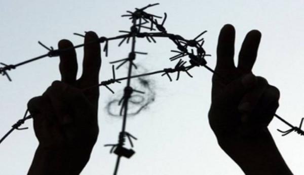 أبو بكر: السلطة الفلسطينية لن تغيّر من سياساتها تجاه رعاية الأسرى وعائلاتهم