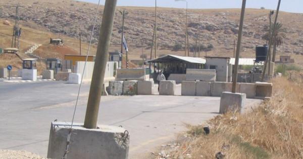 الاحتلال الإسرائيلي يقتحم جنين ويعيق تحركات المواطنين على حواجز جنوب المدينة