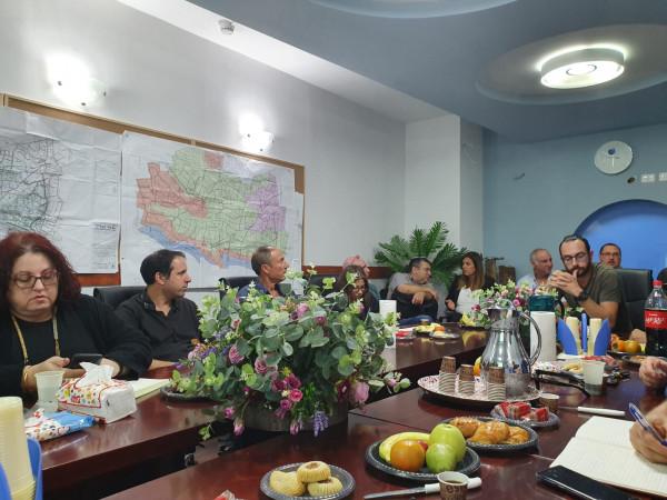 جلسة عمل بشأن تصريف العكر تجمع بين رئيس سلطة المياه القطرية ومياه الجليل