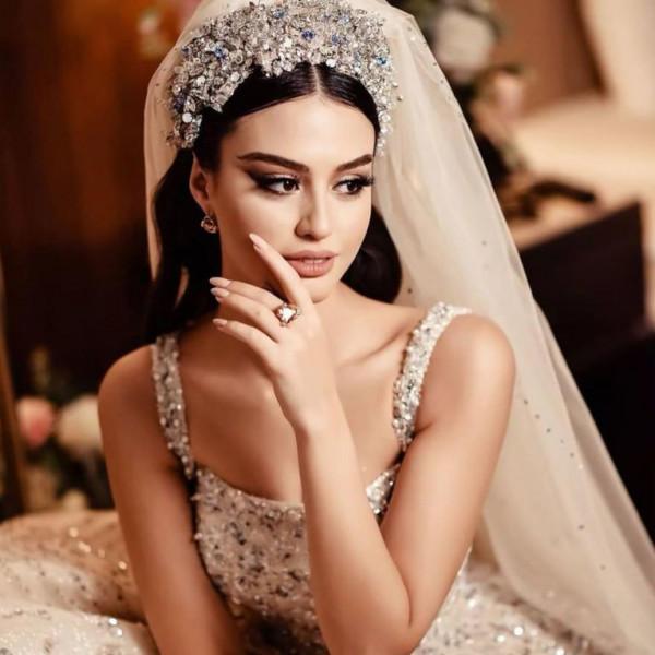 زفاف مريم ناظم الفخم وإطلالتها تحبس الأنفاس