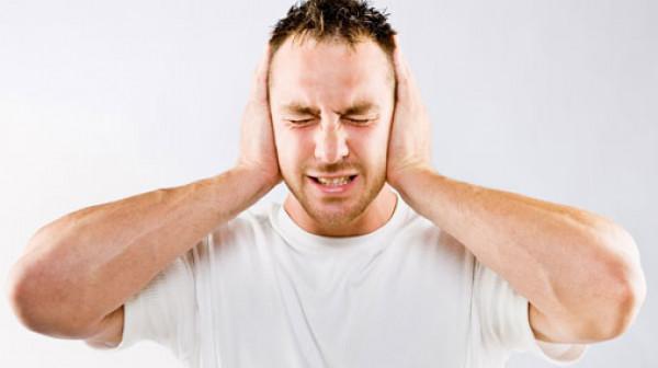 طنين الأذن قد يكون عرضًا لهذا النوع النادر من السرطان