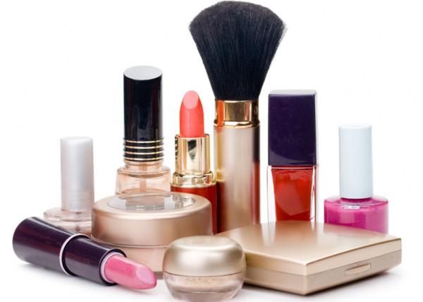 نصائح للتوفير في نفقات مستحضرات التجميل