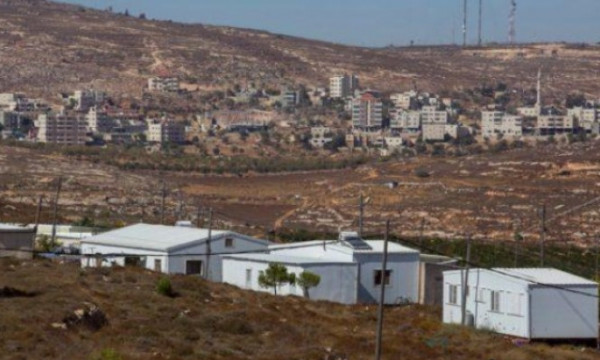 الاحتلال الإسرائيلي يستأنف العمل بشق شارع استيطاني شمال غرب رام الله