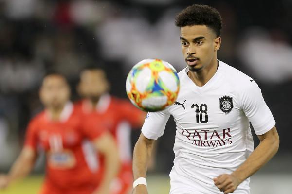 القطري أكرم عفيف يتوج بجائزة أفضل لاعب في آسيا