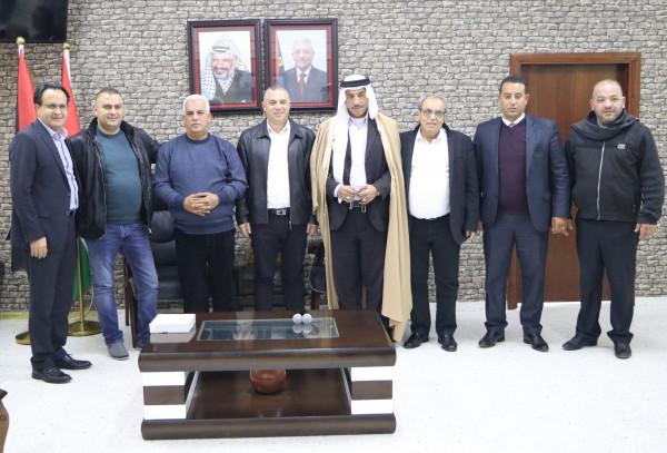 محافظ الخليل يستقبل رئيس بلدية سخنين