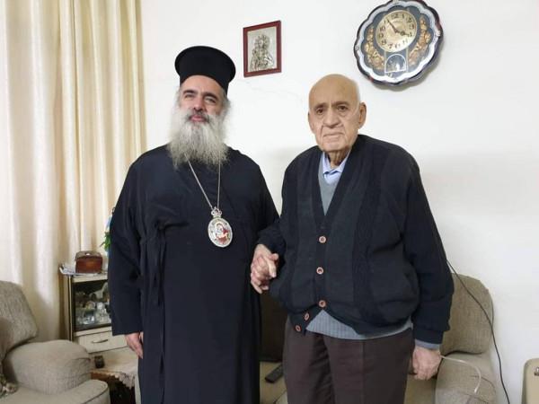 حنا يعزي بوفاة الاب يوسف سعادة من نابلس