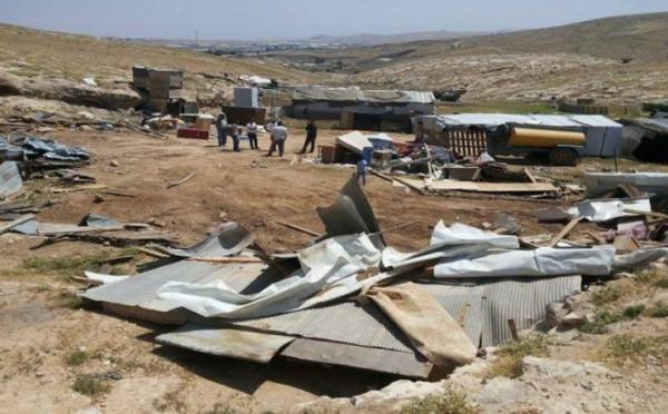 الاحتلال يهدم مسكنين وبركساً زراعياً جنوب شرق القدس