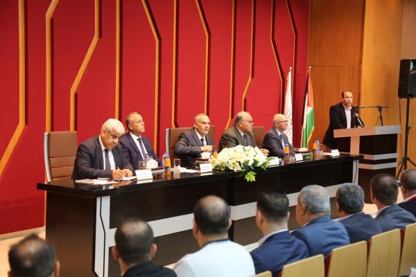 رئيس الحكومة المغربية يلتقي وفد بلدية بيت لقيا