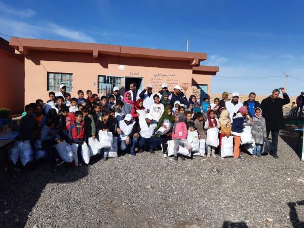 """بمناسبة اليوم العالمي للتطوع""""اكت فور كومينوتي"""" ينظم عملية تضامنية بإحدى مدارس الكنتور"""