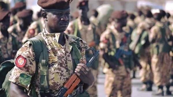 القوات المسلحة السودانية تلقي القبض على عناصر من تنظيم (بوكو حرام)