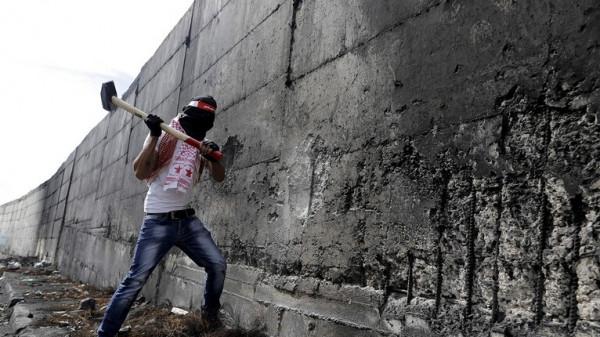 مساعد الرئيس الأوكراني يشبه منطقة دونباس بفلسطين