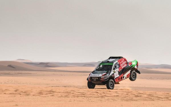 يزيد الراجحي يضرب بقوة  ويفوز بلقب رالي الرياض في سيارة تويوتا