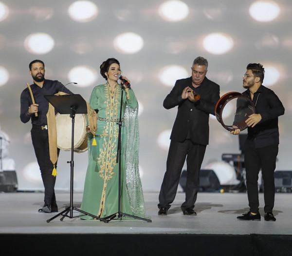 ديانا حداد تتألق مع جمهور العين باليوم الوطني الإماراتي الـ48