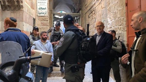 سلطات الاحتلال تفرج عن طاقم تلفزيون فلسطين في القدس