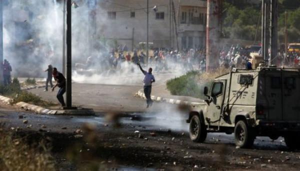 إصابة خطيرة لشاب فلسطيني برصاص الاحتلال في بيت أمر بالخليل