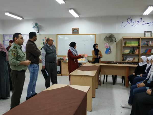قلقيلية الشبيبة والتوجيه السياسي ينظمان محاضرة وطنية في مدرسة الشارقة